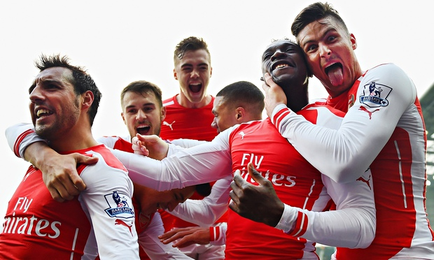 5 signs that suggest your boyfriend is an Arsenal supporter